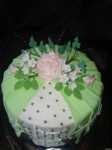Мастичные торты украшенные цветами фото